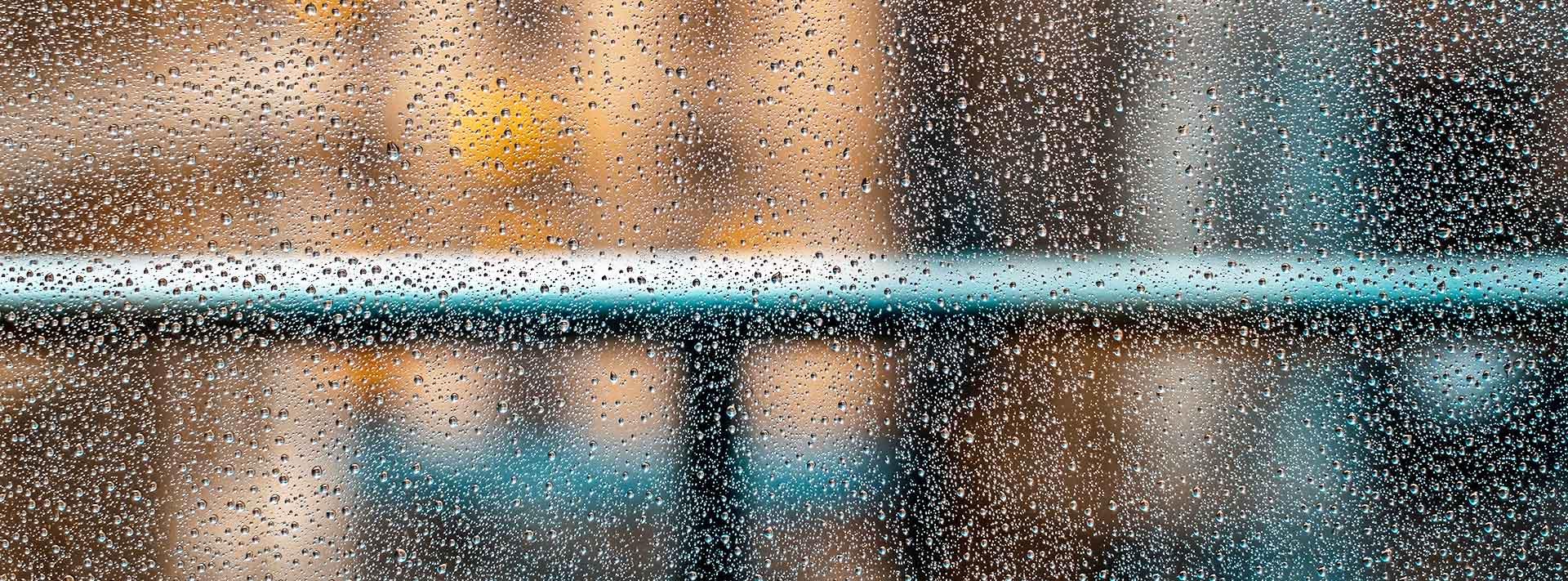 La Junta de Andalucía mantiene el aviso naranja por lluvias en Málaga