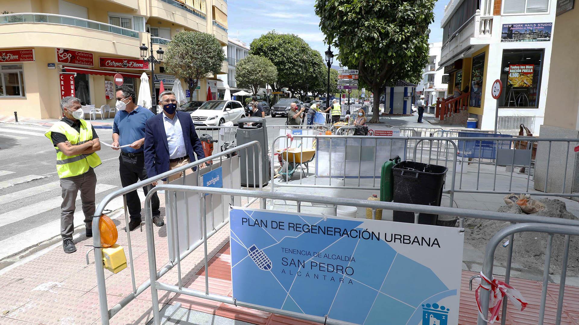 Se realizan obras de mejora en la Avenida Pablo Ruiz Picasso